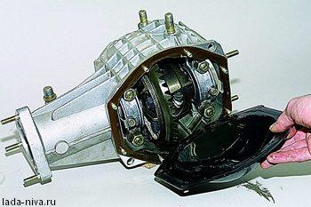 крышка картера переднего редуктора