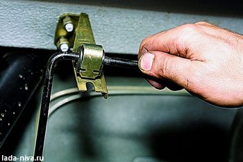 опорная втулка рычага регулятора давления тормоза