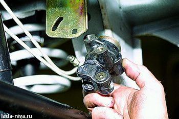 замена регулятора давления тормозов