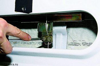 Замена стекла двери Нива ВАЗ 21213, 21214, 2131 lada 4x4